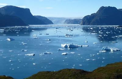 greenland-hiking-eqalorutsit glacier