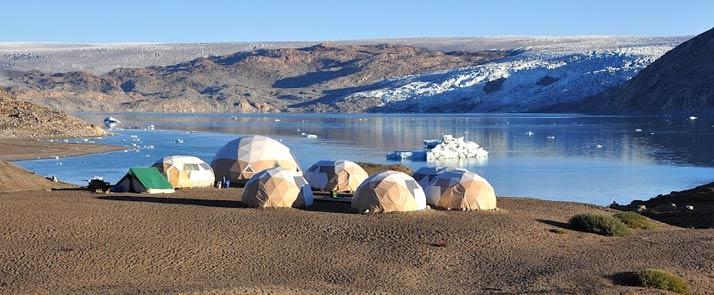 Iceland Greenland Qaleraliq camp