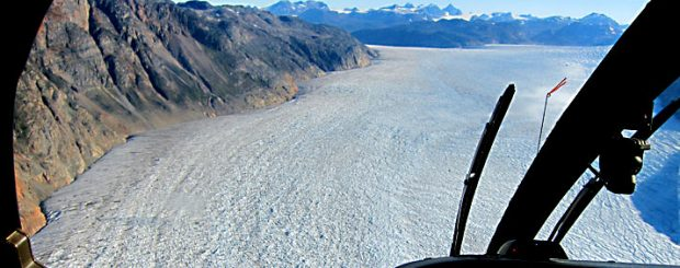 Travelling to Greenland, helicopter optional excursion