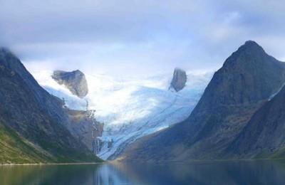 greenland tasermiut glacier front